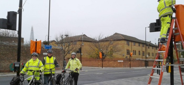 Dunton Road Crossing – first new signalised crossing on a Quietway