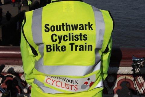 Dulwich to London Bridge bike train
